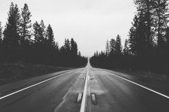 road-569042_1280