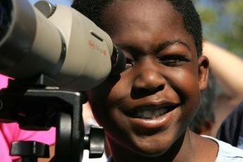 binocular-387319_1920 (2)